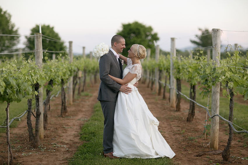 AE_KingFamilyVineyard_Wedding_046