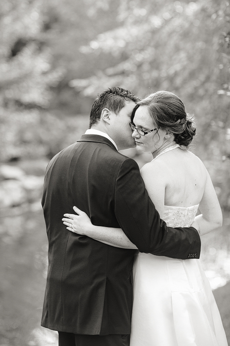 Green_springs_garden_elopement_log_007