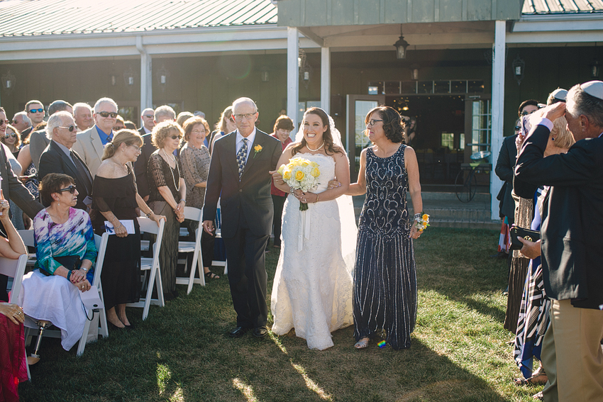 bluemont_vineyard_Wedding_Hb_013