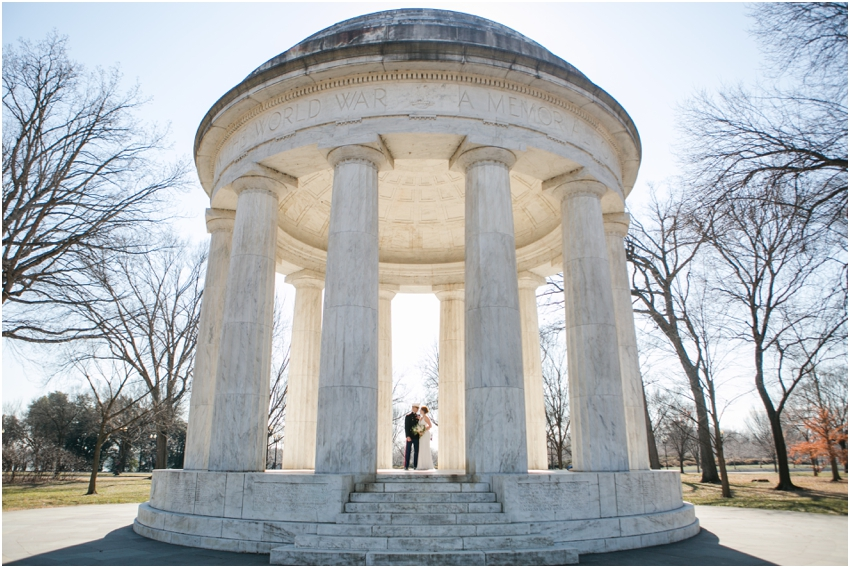 Lincoln_War_Memorial_DC_Elopement_012
